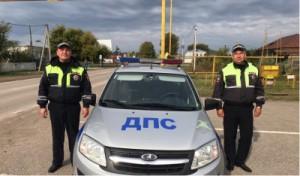 Самарские полицейские помогли волгоградцу на трассе заказать запчасти при поломке