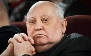 Первый президент СССР Михаил Горбачев, заявил, что пришло время для вручения премии не по блату, а позаслугам.