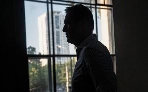 Навальный рассказал о «плане его убийц» и поблагодарил «неизвестных добрых друзей», которые помогли его сорвать. А сенаторы в США заявили о планах наказать российских чиновников.