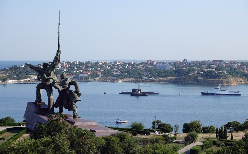 В Киеве словами «не потянем» оценили возможность вернуть Крым силой