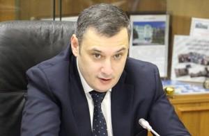 Александр Хинштейн -глава комитета по информационной политике, информационным технологиям и связиотметил, что речь может идти о крупных штрафах.