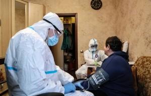 По мнению руководителя отделения микробиологии латентных инфекций центра им. Гамалеи Виктора Зуева, самолечение является самой большой ошибкой для болеющего человека.
