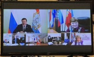 Подводя итоги встречи, Дмитрий Азаров еще раз поблагодарил старшее поколение за активную гражданскую позицию.