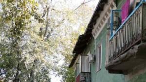 В Самаре на улице Свободы частично рухнул балкон