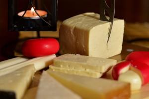 Россияне назвали любимый сорт сыра