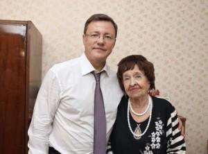 С Днем учителя работников и ветеранов образования поздравил Дмитрий Азаров