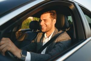 У 19% опрошенных траты на автомобиль составляют от 5 до 10 тыс. рублей, 11% - 10-15 тыс. рублей, 16% - 15-20 тыс. рублей, а у 12% респондентов превышают 20 тыс. рублей в месяц.