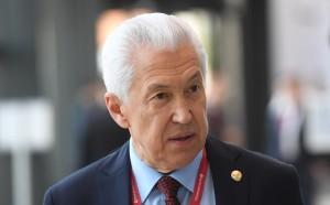 Владимир Васильев ушел в отставку по собственному желанию