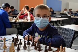 Участвуют 170 шахматистов из 25 регионов страны. Турнир продлится до 9 октября.