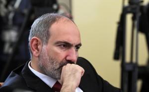 В интервью РБК премьер-министр Армении Никол Пашинян рассказал о тактике карабахской армии, теме своих разговоров с президентом России и условиях признания НКР.