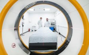 Новые временные госпитали для больных COVID-19 разместятся в ТРЦ в районах Люблино и ВДНХ. Расконсервируют их, если в столице будет не хватать коек для заболевших коронавирусом.