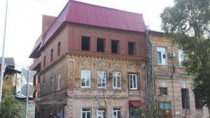 В Самаре к дому-памятнику на Куйбышева незаконно достроили третий этаж