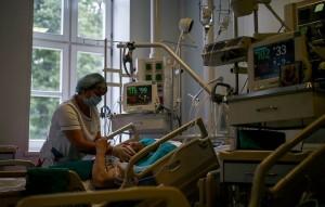 Всего в настоящее время в РФ болеют 271 427 человек.