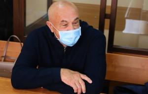 Суд также приговорил его к штрафу в размере 275 млн рублей.