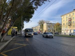 Сейчас с комплексным ремонтом улицы Победы в границах улиц Елизарова и Гагарина (4,8 километра), начавшимся в 2019 году, рабочие справились уже на99%.