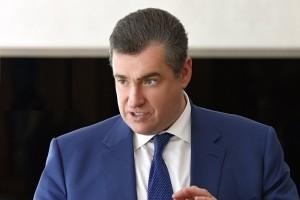 """Депутат подчеркнул, что """"Россия не приемлет голословные обвинения, не собирается оправдываться и не намерена вестись на откровенные фейки и провокации""""."""