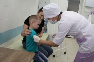 В ближайшее время она будет отгружена в медицинские учреждения, и специалисты пригласят на вакцинацию маленьких жителей области.