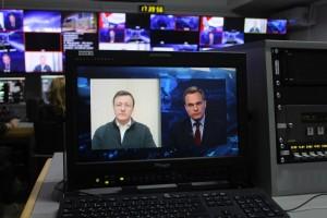 Губернаторв эфире телеканала «Россия» рассказал жителям региона о том, какие меры принимают оперштаб и медики для борьбы сCOVID-19 на сегодняшний день.