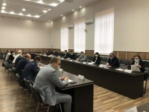 Во всех девяти внутригородских районах прошли советы депутатов. На заседаниях выбралиглав внутригородских районов.