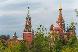 Ранее Песков заявлял, что Россия делает все для того, чтобы остановить войну и вывести вопрос урегулирования вНагорном Карабахев мирное русло.