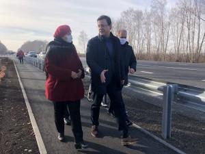 ДмитрийАзаровв ходе рабочей поездки в Похвистневский район оценил качество выполненного ремонта участка региональной трассы «Самара – Бугуруслан».