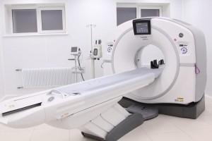 ОбращениеАрмена Беняна в прямом эфире было посвящено возможностям диагностических исследований, которые проводятся сегодня на КТ и рентгенографических аппаратах.