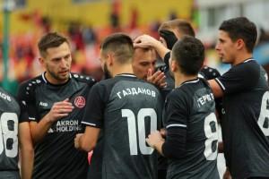 Тольяттинцы уверенно добыли три очка в домашнем матче с ивановцами.