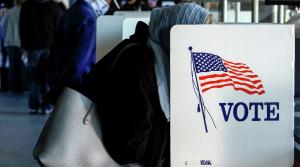 Как отмечают наблюдатели, предстоящие 3 ноября выборы могут стать рекордными по числу участвующих избирателей.