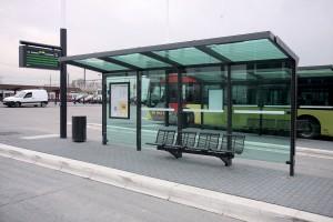 Ранее в данном месте была только остановка для трамваев и только в одном направлении.