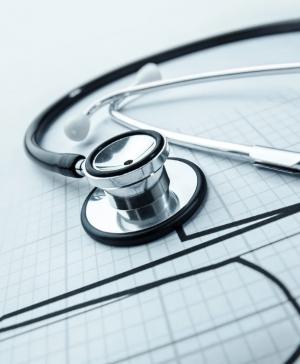 Реализуется программа по оказанию высокотехнологичной медицинской помощи детям с ревматологической патологией.