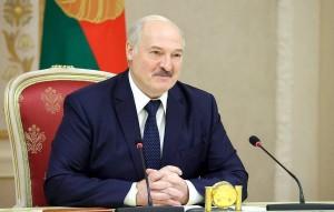 По информации пресс-служба белорусского лидера, президент России поддержал эту идею.