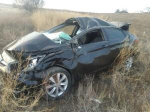 В Нефтегорском районе машина перевернулась в кювет, пострадал водитель