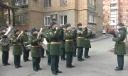 Праздник во двор: 94-летнего военного разведчика поздравили в Самаре с профессиональным праздником