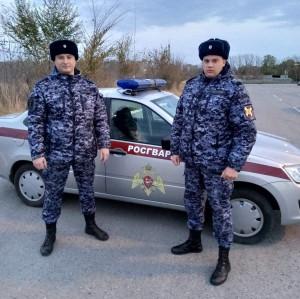 Тольяттинский автомобилист поблагодарил росгвардейцев за помощь