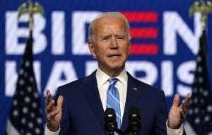 По данным Fox News, кандидат от демократов обходит республиканца на 917 голосов.