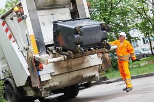 Компания «Базис М»: вывоз мусора в Москве, тел. 8 (925) 026-68-88. Транспортировка отходов в Москве самосвалом в металлических контейнерах объемом: 8 м3, 20 м3, 27 м3, 33 м3.