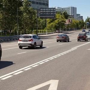 С сегодняшнего дня в Москве полностью запрещен проезд по выделенным полосам для личного автотранспорта