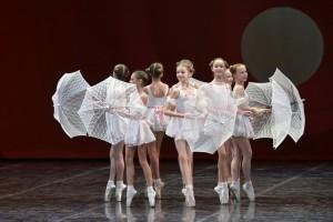 В Самаре торжественные мероприятия в рамках Международного патриотического проекта «Парад Памяти» завершились в театре оперы и балета.