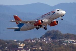 ПСБ Лизинг начинает поставки самолетов Superjet 100 российским заказчикам