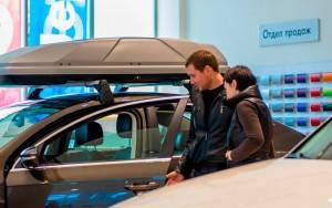 Семейные пары из большинства крупных городов России могут накопить на покупку подержанного автомобиля меньше, чем за год.