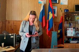 Марина Удгодская сообщила, что депутаты обещали помогать ей в решении всех вопросов.