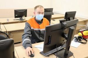 Впервые конкурс проводился в онлайн-формате, 12 участников соревновались за звание «Лучшего по профессии» на своих рабочих местах.