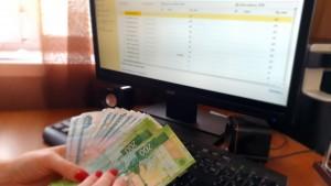 Свыше 1,97 миллионов рублей мошенник похитил у жительницы Сызрани