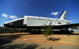 Совершивший единственный полет космический челнок принадлежит частнику из Казахстана, выйти на которого не удалось.
