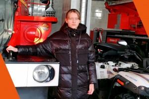 В своем творчестве участники красочно отобразили работу спасателей и пожарных в условиях чрезвычайной ситуации.