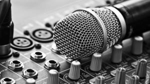 Музыкальное оборудование может быть совершенно разным. Так найти его большой выбор вы сможете, обратившись в Sennheiser. Сейчас рассмотрим некоторые виды музыкального оборудования от Sennheiser.