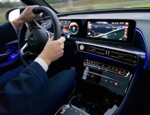 Минпромторг России ежегодно формирует Перечень легковых автомобилей средней стоимостью от 3 миллионов рублей.