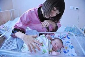 Дмитрий Азаров поздравил самарцев с Днем Матери