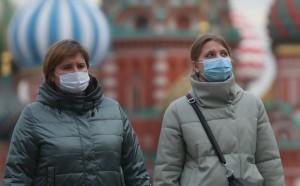 Во всем мире, по словам эксперта, коронавирус может быть активен минимум полтора года.