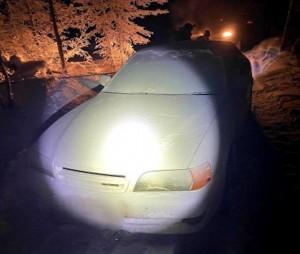 Машина с двумя пропавшими 18-летними юношами из Магаданской области обнаружена в 120 километрах от якутского села Томтор.